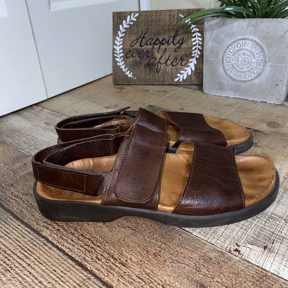 Men's Tommy Bahama Sandals